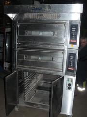 Продам подовою печь Danzi Forni бу